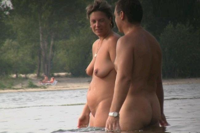 huge cock in wet speedo