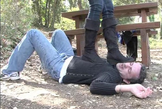 Boot licking and female domination fetish 009