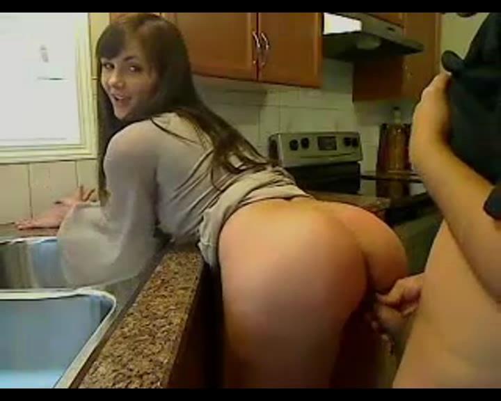 Русское порно на кухне раком 5 фотография
