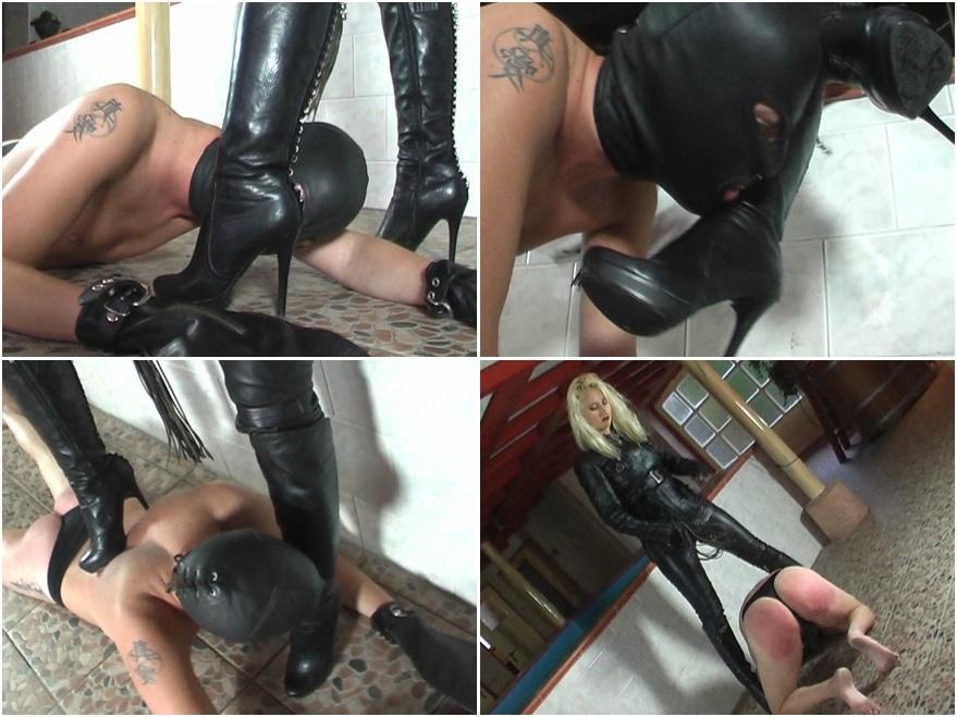 фото лесбиянок порно видео рабыня вылизывает сапоги своей госпоже начинает ухаживать сильвестром