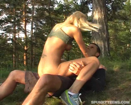 Outdoor sex with young horny girl