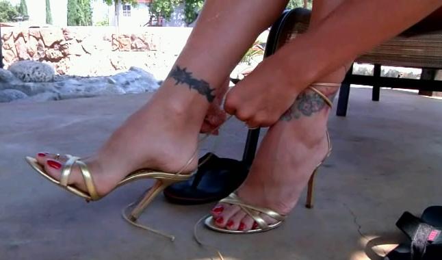 Raylene foot fetish